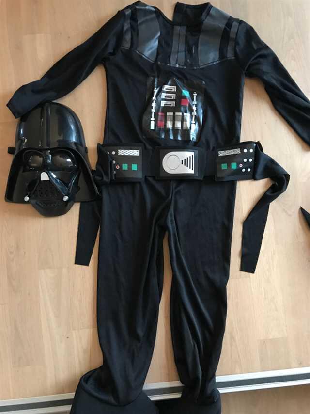 Darth   Vader/ Star wars Fastelavnstøj / kostume
