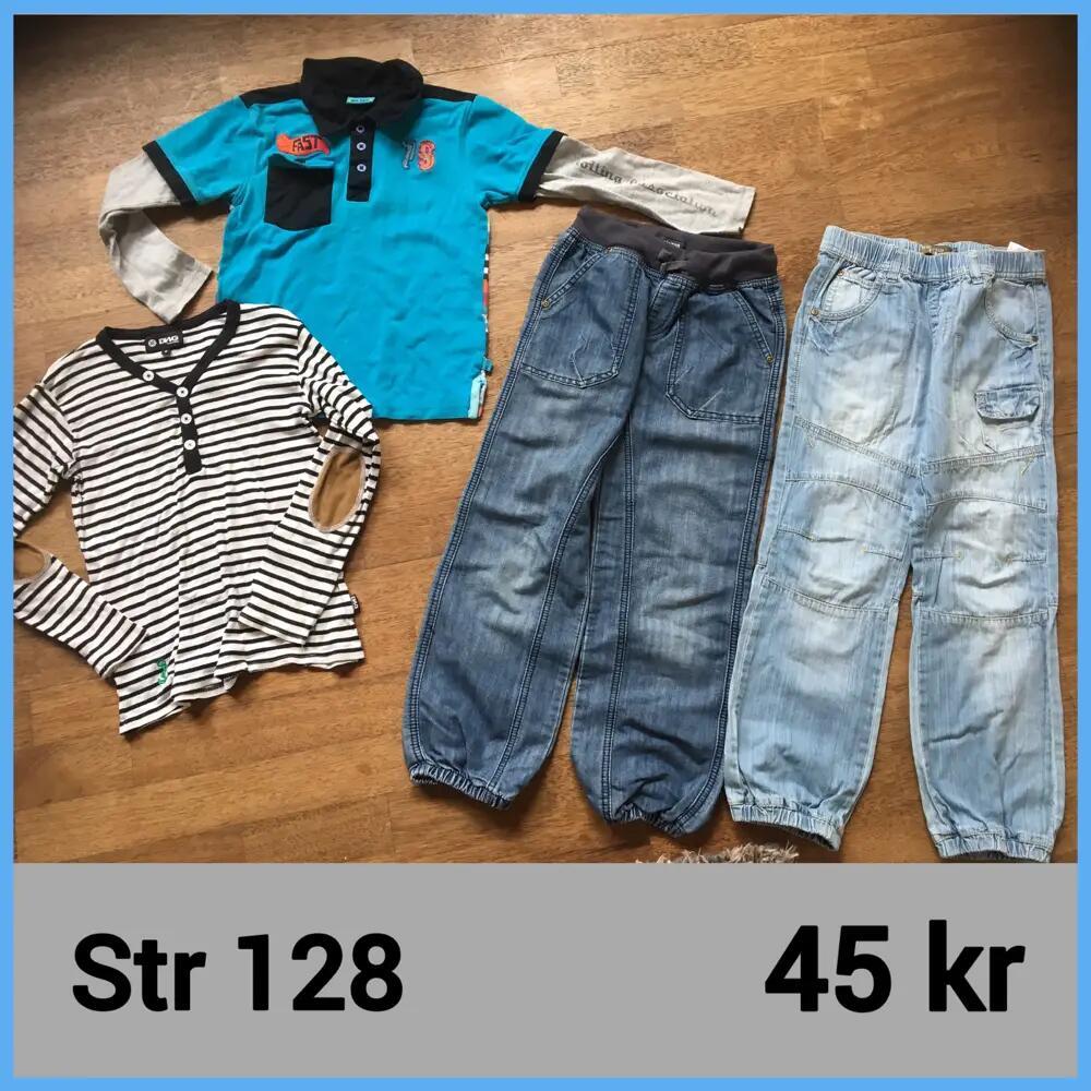 Bukser + trøjer .