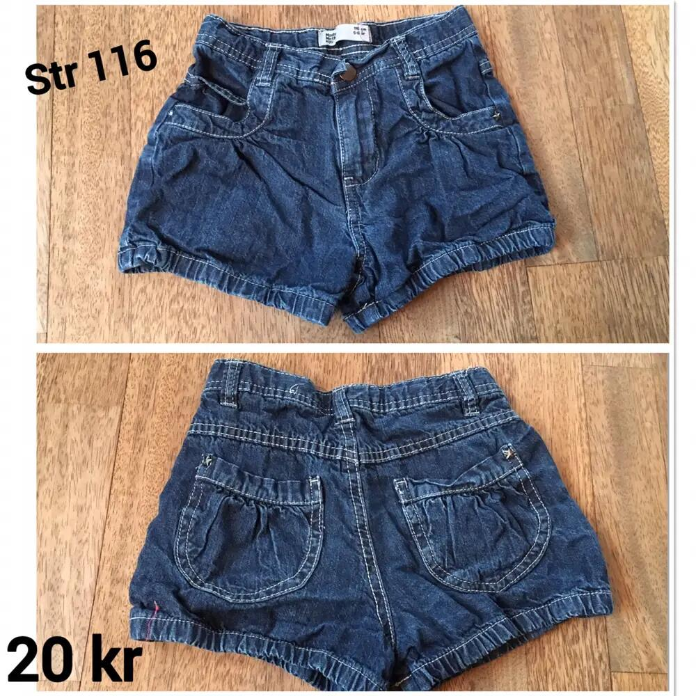Jeans shorts .